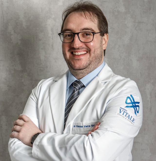 Dr. Vinícius Vieira Simonetti